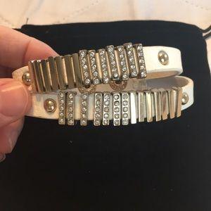 NWOT Faux Leather Glass Crystal Snap Bracelet
